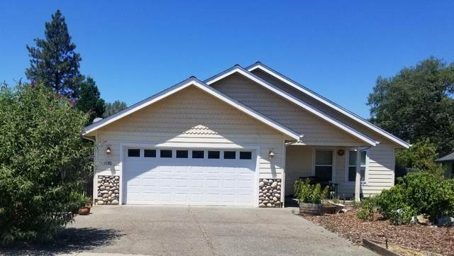 1150 SW Westerly Court, Grants Pass, OR 97527 (MLS #220126580) :: The Ladd Group