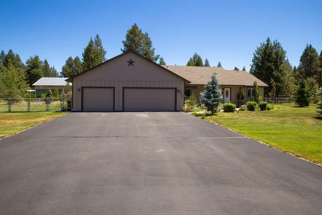 53030 Holiday Drive, La Pine, OR 97739 (MLS #220126701) :: Bend Homes Now