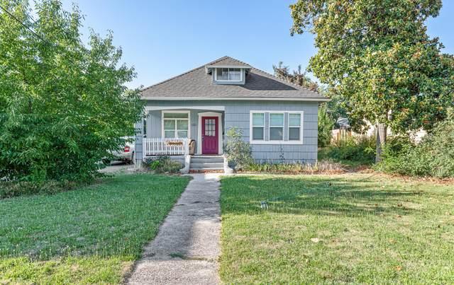 1211 E Main Street, Medford, OR 97504 (MLS #220126725) :: Berkshire Hathaway HomeServices Northwest Real Estate