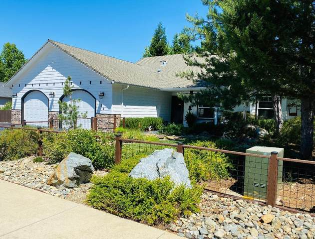 123 Tennessee View Lane, Cave Junction, OR 97523 (MLS #220126736) :: The Ladd Group