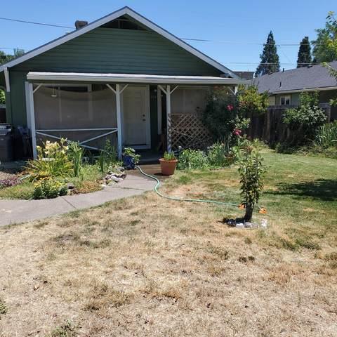 510 Bessie Street, Medford, OR 97504 (MLS #220126779) :: Berkshire Hathaway HomeServices Northwest Real Estate
