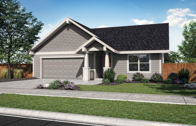 1799 NE 3rd Street, Redmond, OR 97756 (MLS #220126853) :: Vianet Realty