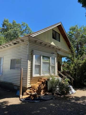 24315 Redwood Highway, Kerby, OR 97531 (MLS #220126864) :: Premiere Property Group, LLC