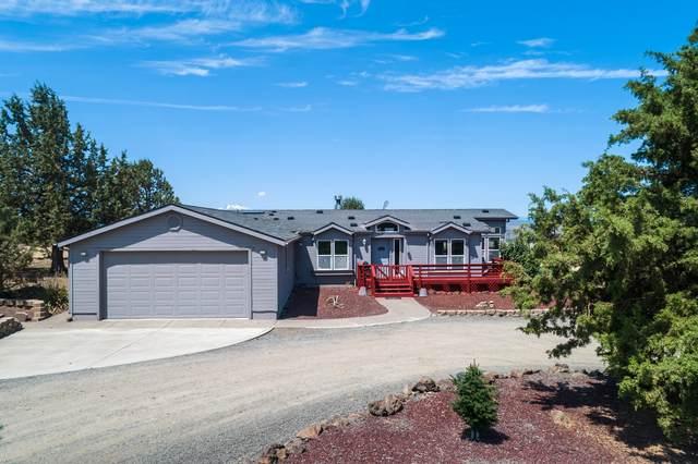 500 SW Elk Drive, Madras, OR 97741 (MLS #220126894) :: Premiere Property Group, LLC