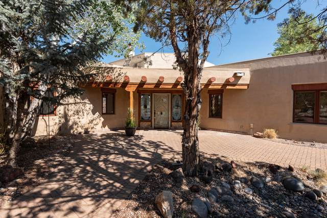 5271 SW Loma Linda Drive, Redmond, OR 97756 (MLS #220126895) :: Team Birtola | High Desert Realty