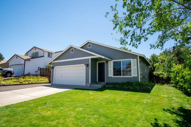 20725 Liberty Lane, Bend, OR 97701 (MLS #220126920) :: Chris Scott, Central Oregon Valley Brokers