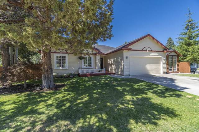 1910 SE Autumwood Court, Bend, OR 97702 (MLS #220126936) :: Fred Real Estate Group of Central Oregon