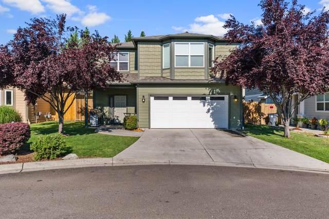 637 Kaitlin Lane, Medford, OR 97501 (MLS #220127037) :: Premiere Property Group, LLC