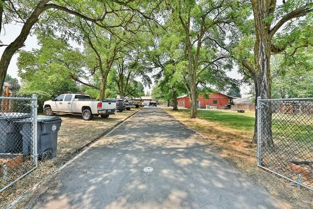 1175 Brookdale Avenue, Medford, OR 97504 (MLS #220127099) :: Arends Realty Group