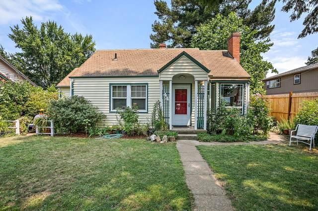 44 Kenwood Avenue, Medford, OR 97501 (MLS #220127395) :: Premiere Property Group, LLC