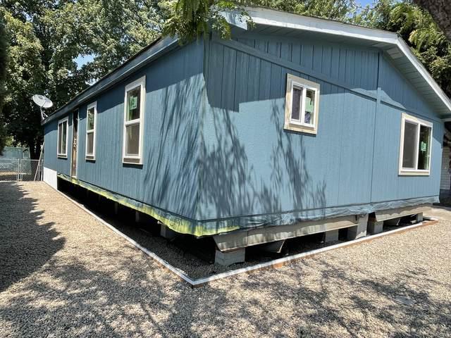 626 Kylee Ann, Medford, OR 97501 (MLS #220127409) :: Premiere Property Group, LLC