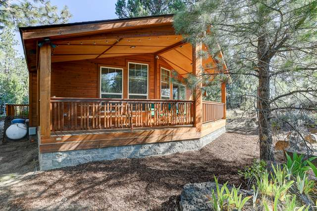 60892 Ridge Drive, Bend, OR 97702 (MLS #220127412) :: Arends Realty Group