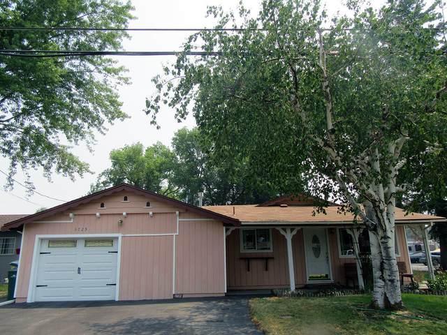 3725 Madison Street, Klamath Falls, OR 97603 (MLS #220127425) :: Bend Relo at Fred Real Estate Group