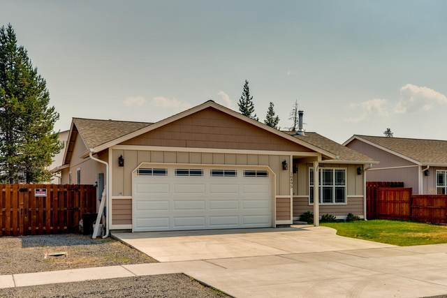 16495 Betty Drive, La Pine, OR 97739 (MLS #220127428) :: Fred Real Estate Group of Central Oregon