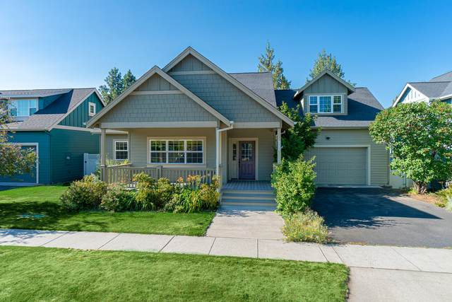 2073 NE Cradle Mountain Way, Bend, OR 97701 (MLS #220127432) :: Arends Realty Group