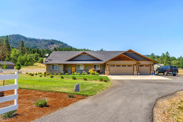 140 Rockinghorse Drive, Grants Pass, OR 97527 (MLS #220127484) :: Bend Homes Now