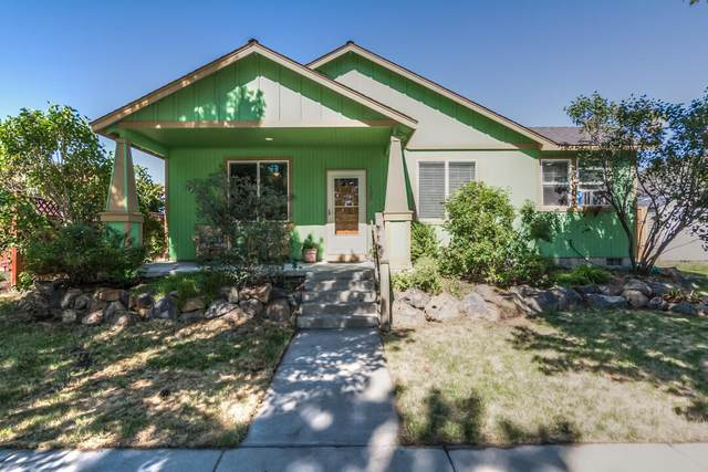 1345 NE 3rd Street, Redmond, OR 97756 (MLS #220127532) :: Stellar Realty Northwest