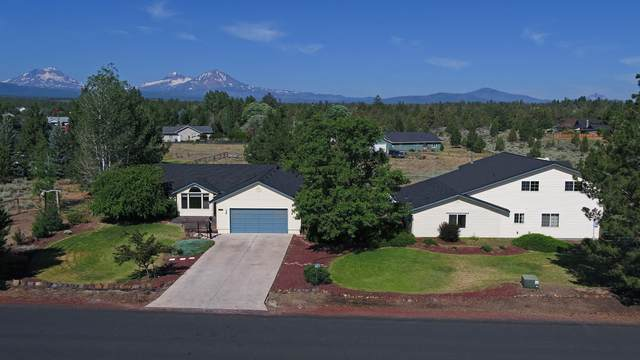 66645 Cascade Way, Bend, OR 97703 (MLS #220127537) :: The Ladd Group