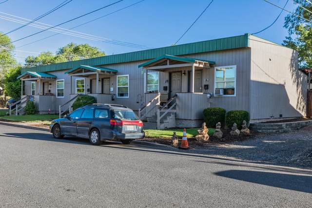 54 NW Lake Place, Bend, OR 97703 (MLS #220127556) :: The Ladd Group