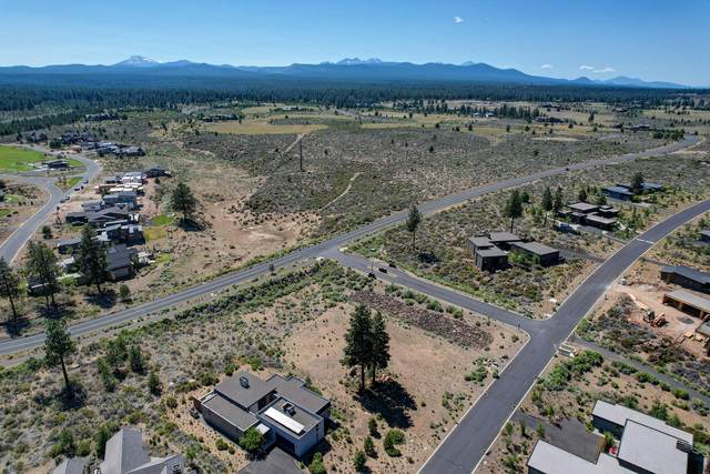61673 Hosmer Lake Drive, Bend, OR 97702 (MLS #220127585) :: Arends Realty Group