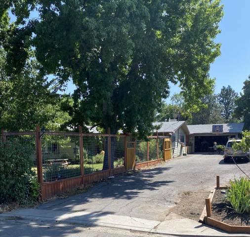 660 Park Street, Ashland, OR 97520 (MLS #220127613) :: Bend Relo at Fred Real Estate Group