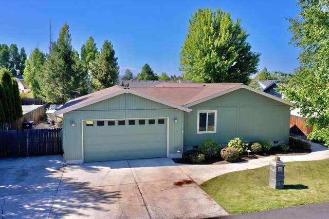 658 NE Shoshone Drive, Redmond, OR 97756 (MLS #220127647) :: Team Birtola | High Desert Realty