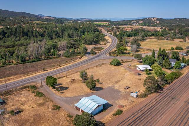 5325 Brownsboro Highway, Eagle Point, OR 97524 (MLS #220127764) :: Premiere Property Group, LLC