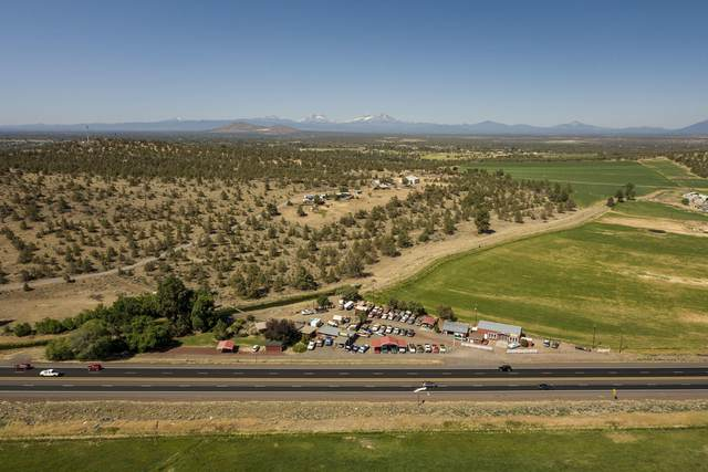 4875 N Hwy 97, Redmond, OR 97756 (MLS #220127824) :: Fred Real Estate Group of Central Oregon