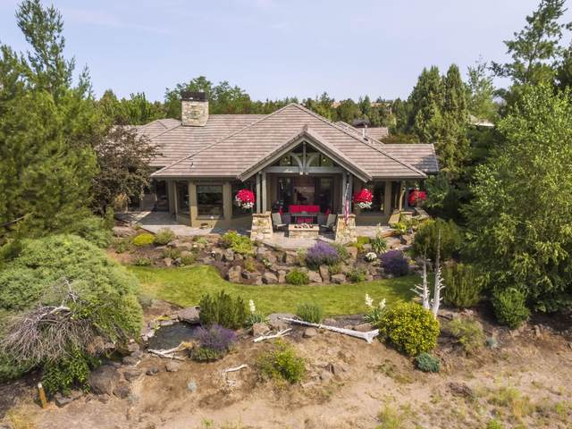 65852 Bearing Drive, Bend, OR 97701 (MLS #220127831) :: Fred Real Estate Group of Central Oregon