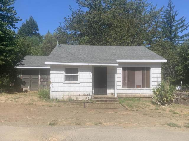 131 Hamilton Heights Ln, Glendale, OR 97442 (MLS #220127868) :: Bend Relo at Fred Real Estate Group