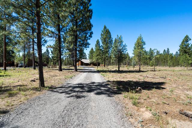 15617 Parkway Drive, La Pine, OR 97739 (MLS #220127877) :: Arends Realty Group