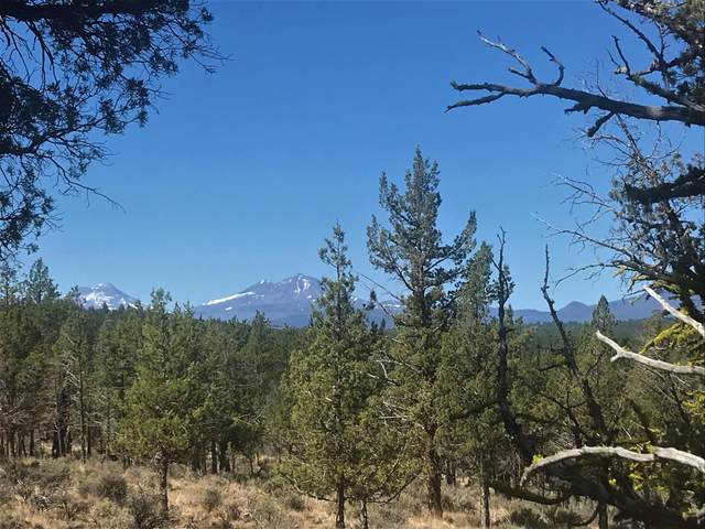 17665 Tinker Bell Road, Sisters, OR 97759 (MLS #220127884) :: Fred Real Estate Group of Central Oregon