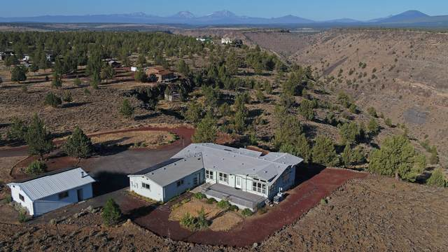 11592 SW Roundup Place, Terrebonne, OR 97760 (MLS #220127900) :: Coldwell Banker Sun Country Realty, Inc.