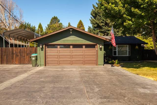 2338 Cullison Lane, Grants Pass, OR 97527 (MLS #220127906) :: Berkshire Hathaway HomeServices Northwest Real Estate