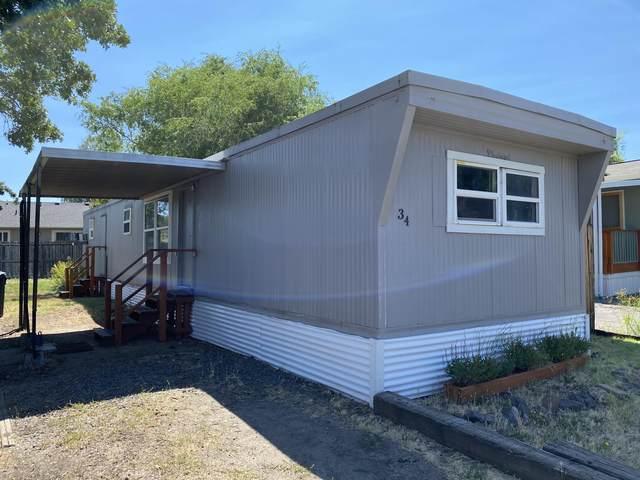 414 Stevens Road Unit 34, Eagle Point, OR 97524 (MLS #220127985) :: Berkshire Hathaway HomeServices Northwest Real Estate
