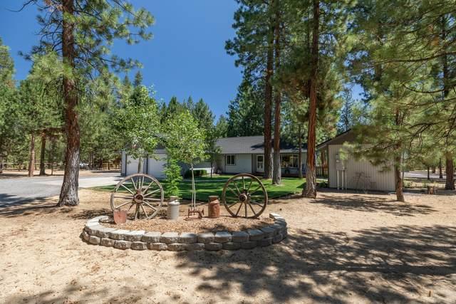 1726 Saddle Horn Court, La Pine, OR 97739 (MLS #220127990) :: Fred Real Estate Group of Central Oregon