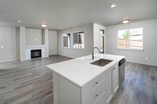 2367 NE Victor Place, Bend, OR 97701 (MLS #220128015) :: Team Birtola | High Desert Realty
