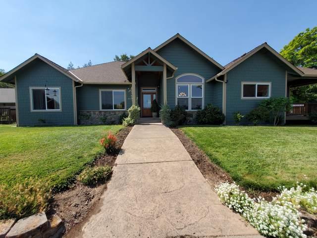 2036 SE Marlen Drive, Grants Pass, OR 97527 (MLS #220128025) :: Berkshire Hathaway HomeServices Northwest Real Estate