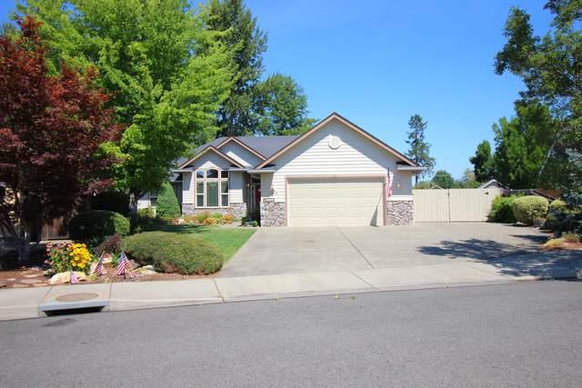 1224 Devonshire Way, Grants Pass, OR 97527 (MLS #220128031) :: Berkshire Hathaway HomeServices Northwest Real Estate
