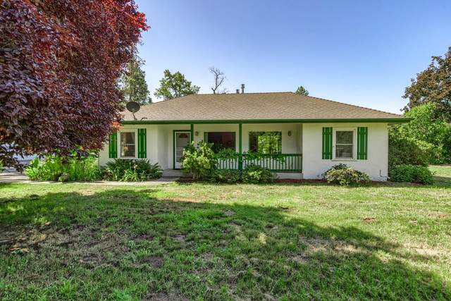 2833 Lower River Road, Grants Pass, OR 97526 (MLS #220128051) :: Arends Realty Group