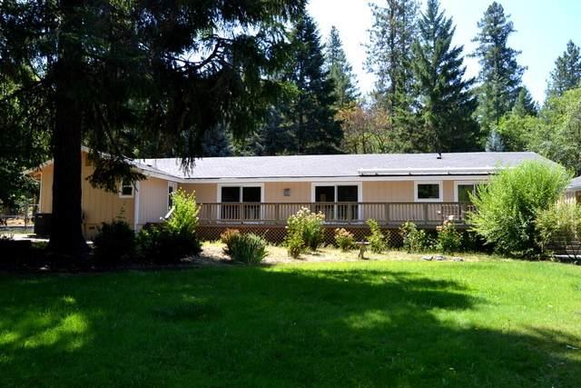 525 Ewe Creek Road, Grants Pass, OR 97526 (MLS #220128090) :: Coldwell Banker Sun Country Realty, Inc.