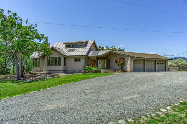 11099 Corp Ranch Road, Ashland, OR 97520 (MLS #220128102) :: Bend Homes Now
