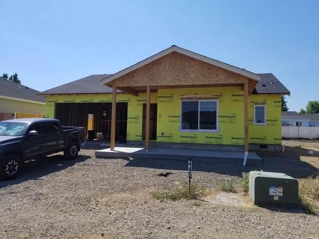 445 Cheney Loop, Central Point, OR 97502 (MLS #220128107) :: Team Birtola   High Desert Realty