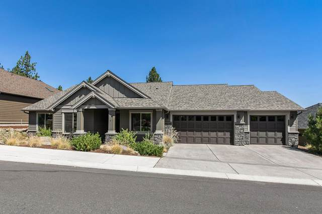 2572 NW Pine Terrace Drive, Bend, OR 97703 (MLS #220128112) :: Bend Relo at Fred Real Estate Group