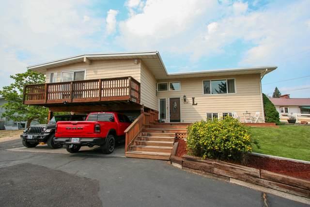 5228 S Etna Street, Klamath Falls, OR 97603 (MLS #220128135) :: Bend Relo at Fred Real Estate Group