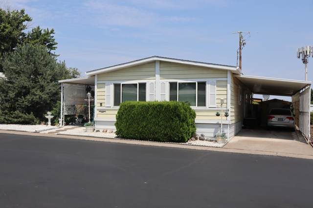 301 Freeman Road Unit 5, Central Point, OR 97502 (MLS #220128163) :: Vianet Realty