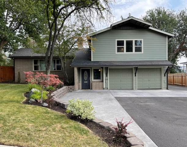 1844 Benson Avenue, Klamath Falls, OR 97601 (MLS #220128179) :: Premiere Property Group, LLC