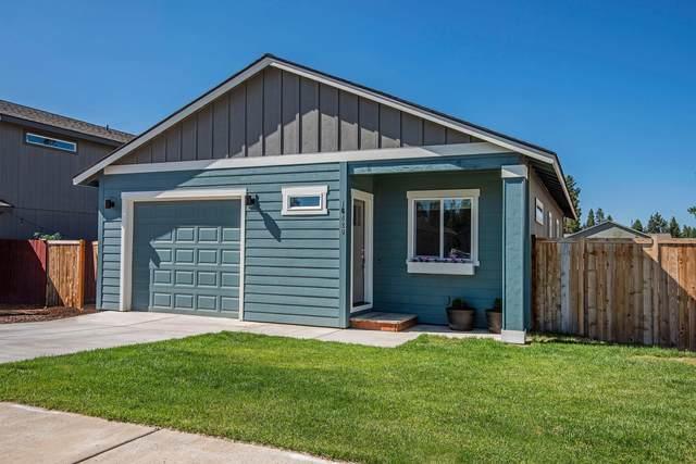 16420 Bassett Drive, La Pine, OR 97739 (MLS #220128202) :: Bend Homes Now