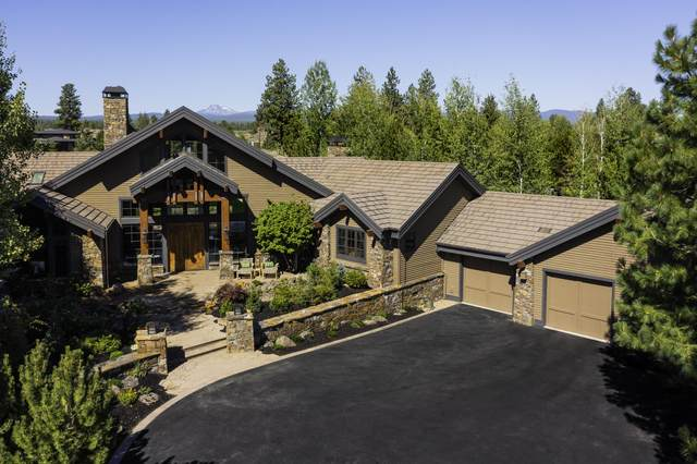 19306 Golden Lake Court, Bend, OR 97702 (MLS #220128235) :: Bend Relo at Fred Real Estate Group