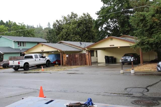 308 Oak Street, Rogue River, OR 97537 (MLS #220128236) :: Vianet Realty